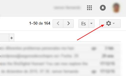 Puedes crear respuestas pre determinadas en tu cuenta de Gmail2